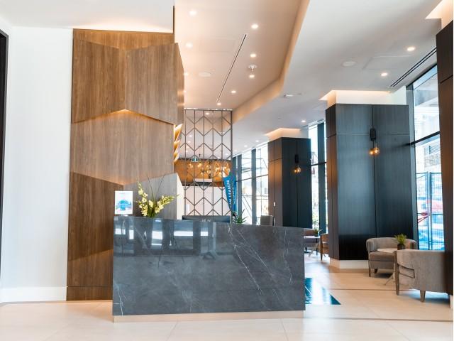 hotel-calibre-lobby